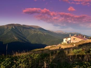 Eho chalet on the main ridge - photo: Central Balkan National Park