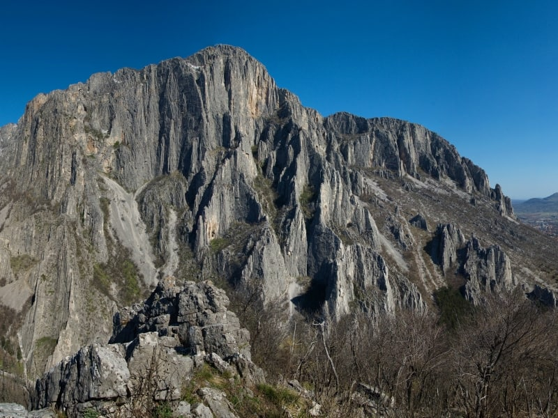 The climbing rocks at Vratsata gorge - Panorama view of Vrachanski Balkan Nature Park - photo: Vrachanski Balkan Nature Park/Krasimir Lakovski